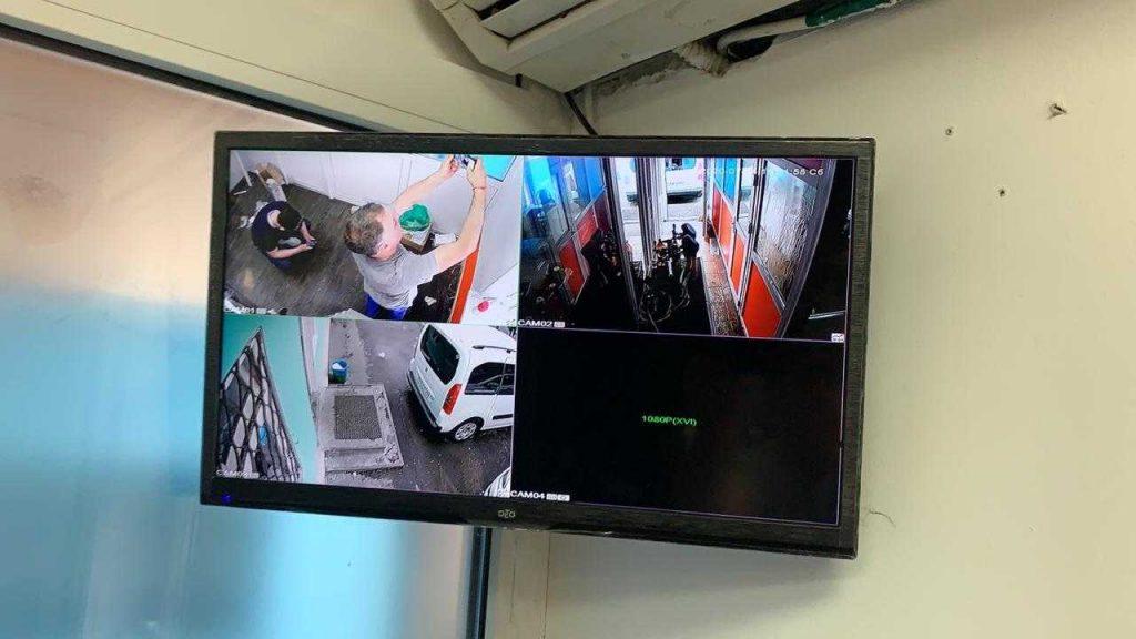 Установка видеонаблюдения в магазине